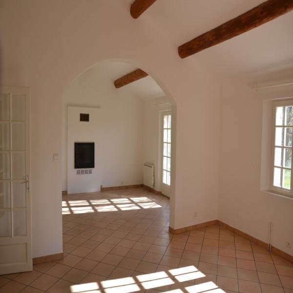 Offres de location Maison Rognes 13840